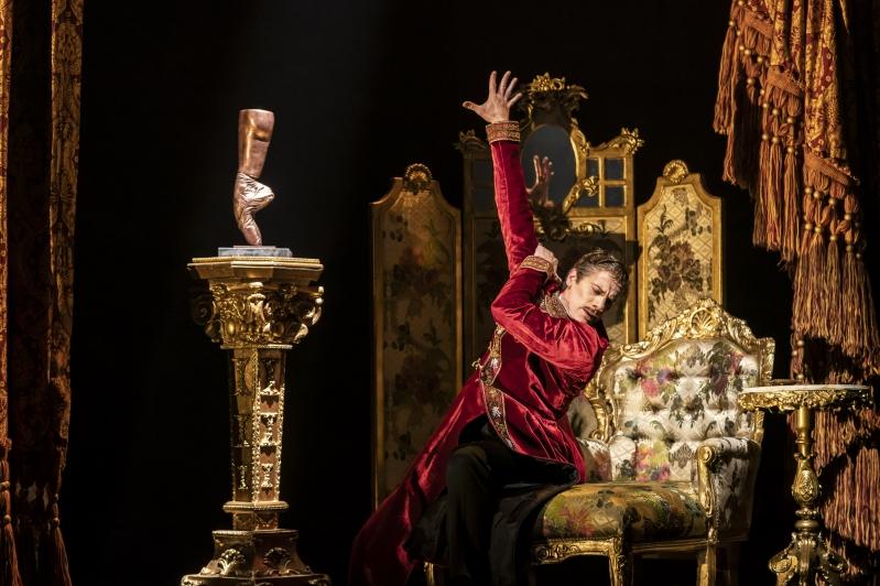 Boris Lermontov (Adam Cooper) - The Red Shoes