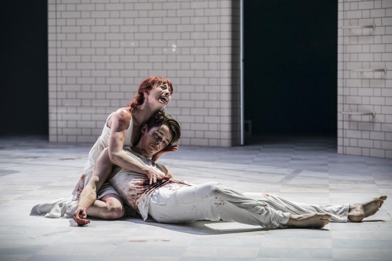 Romeo (Paris Fitzpatrick) and Juliet (Cordelia Braithwaite)