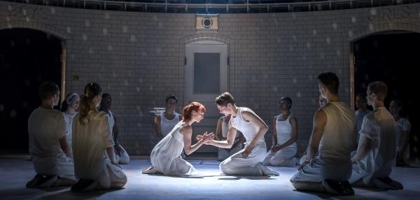 Romeo (Paris Fitzpatrick) and Juliet (Cordelia Braithwaite) - The Capulet Company