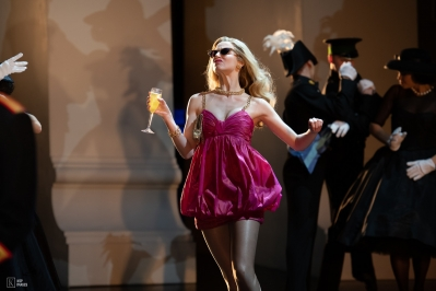 The Girlfriend (Carrie Willis) at The Palace in Matthew Bourne's Swan Lake
