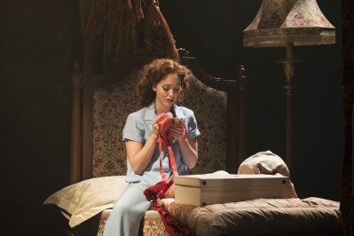 The Red Shoes – Ashley Shaw as Victoria Page