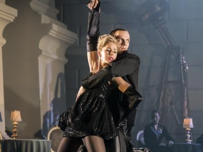 Freya Field as The Girlfriend & Will Bozier as The Stranger in Matthew Bourne's Swan Lake